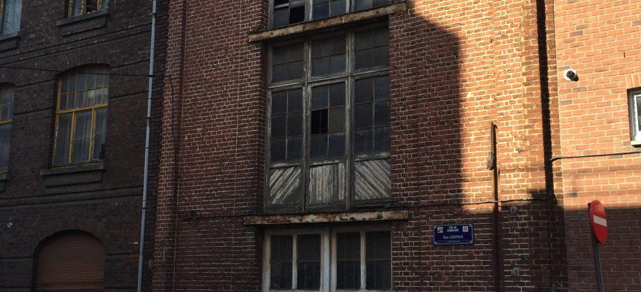 CHARLEROI,exceptionnel entrepôt au coeur de la Ville-Basse