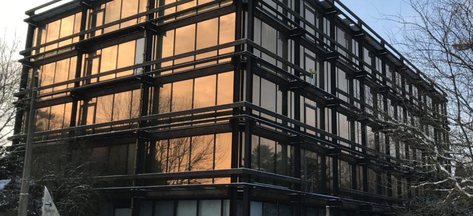 CHARLEROI(Marcinelle),Important immeuble de bureaux